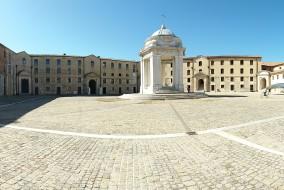 Mole Vanvitelliana Ancona